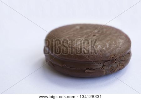 chocolate fill snack cake tasty isolated pie