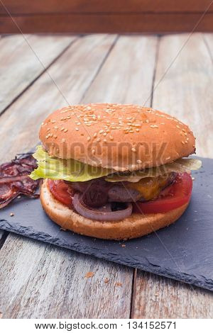 Home Made Cheese Burger