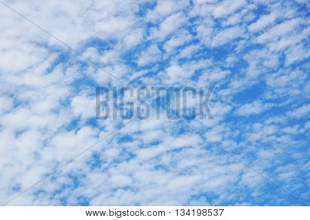 A clouds with the blue sky on the afternoon