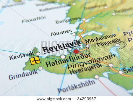 Map with focus set on Reykjavik, Island.