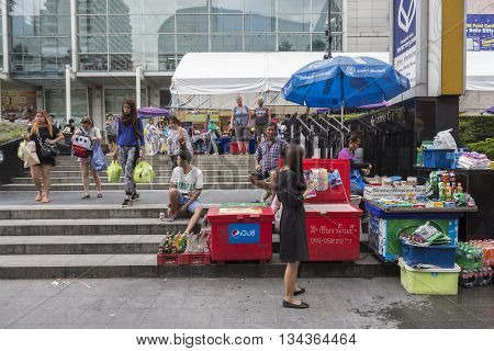 BANGKOK THAILAND - MAY 22 : street stall in front of Central World in Ratchaprasong area on may 22 2016 thailand. Ratchaprasong is one of is famous landmark of Bangkok