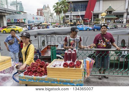 BANGKOK THAILAND - MAY 22 : Juice stall near Central World in Ratchaprasong area on may 22 2016 thailand. Ratchaprasong is one of is famous landmark of Bangkok