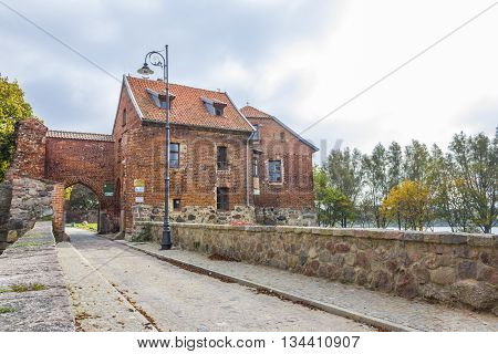 SZTUM, POLAND - OCTOBER 1: Teutonic castle in Sztum built in the fourteenth century on October 1, 2011 in Sztum.