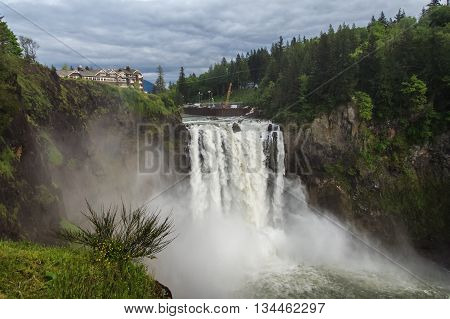 Snoqualmie Falls, Famous Waterfall In Washington,  Usa
