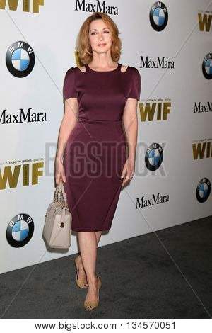 LOS ANGELES - JUN 15:  Sharon Lawrence at the Women In Film 2016 Crystal and Lucy Awards at the Beverly Hilton Hotel on June 15, 2016 in Beverly Hills, CA
