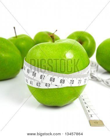 Manzanas verdes miden el metro, manzanas de deportes