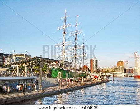 Sailing Ship Rickmer Rickmers, Hamburg St. Pauli, Landungsbrucken