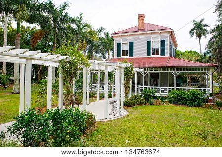 FORT MYERS, FL-APRIL  15 2016: Fort Myers Florida, Thomas Edison and Henry Ford Winter Estates. Main Ford estate house museum. Florida, USA.