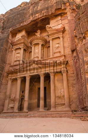 The treasury or Al Khazna it is the most magnificant and famous facade in Petra Jordan