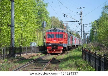 SAINT PETERSBURG, RUSSIA - MAY 15, 2016: The train is approaching the platform