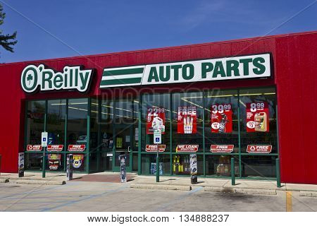 Logansport IN - Circa June 2016: O'Reilly Auto Parts Store. O'Reilly is a Retailer and Distributor of Automotive Parts I