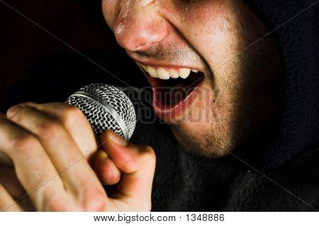 Sänger und Mikrofon