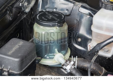 Close up look at the steering fluid reservoir