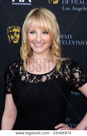 LOS ANGELES - SEP 17:  Melissa Rauch arrives at the 9th Annual BAFTA Los Angeles TV Tea Party. at L'Ermitage Beverly Hills Hotel on September 17, 2011 in Beverly Hills, CA