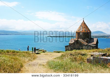 Sevanavank y lago Sevan