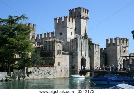 Italy Sirmione Largo De Garda