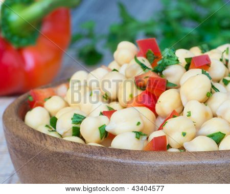 Chickpea With Bell Pepper And Parsley