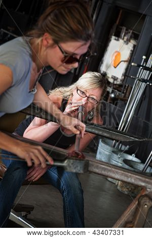 Female Glass Makers