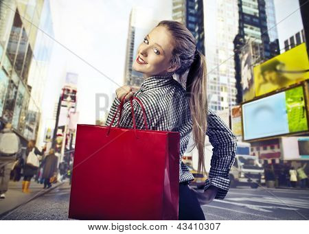 young woman goes shopping in New York City
