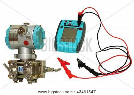 Differential Sensor And Calibrator.