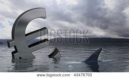Símbolo del euro que se hunde en el agua