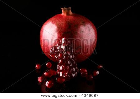 Pomegranade , Seeds