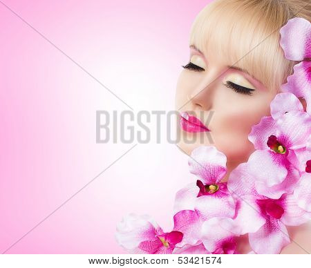 Pretty Girl With Flowers And Perfect Makeup