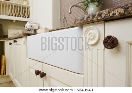 Modern Kitchen Sink Area