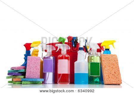 Várias fontes de limpeza em um fundo branco
