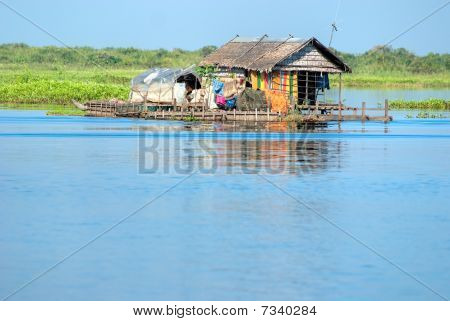 Tipical House Boat,     Cambodia.
