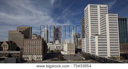 Looking west at the skyline of Columbus, Ohio shows the Statehouse in the middle.
