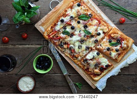 Pizza With Bbq Sauce