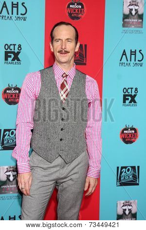 LOS ANGELES - OCT 5:  Denis O'Hare at the