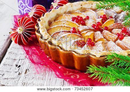 Traditional Christmas Apple Pie
