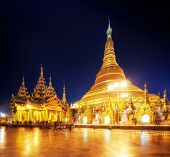 picture of yangon  - Shwedagon Pagoda in Yangon - JPG