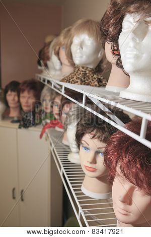 lot of beautiful wig for someone who have cancer or something el
