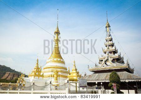 Wat Chong Klang , Maehongson Province,