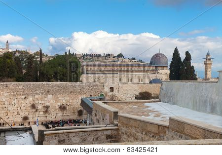 Wailing Wall And Temple Mount After Snow