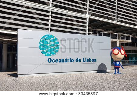 The Lisbon Oceanarium