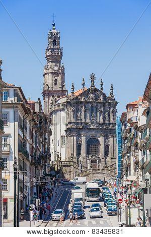 Typical Architecture, Porto