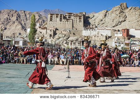 Unidentified Artists In Ladakhi Costumes