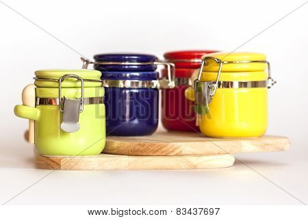 Multi-colored capacities for spices