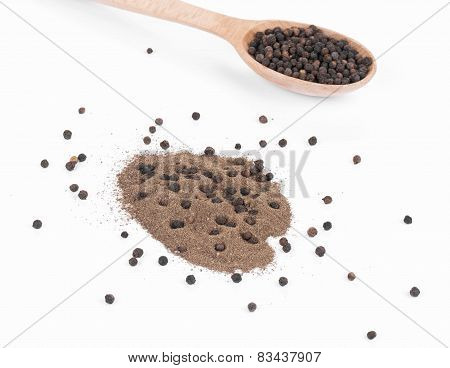 black peppercorns and milled