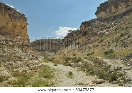 Gorge With Steep Walls. South East Turkey. Leisure And Tourism. Climbing The Mountain