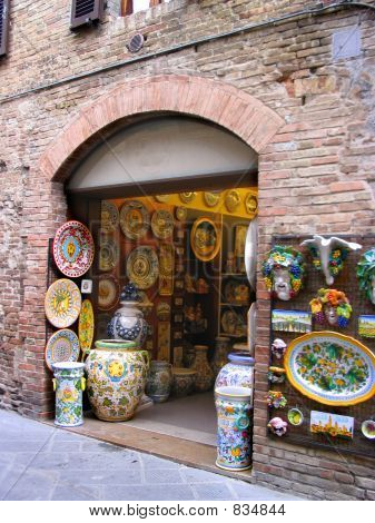 Tienda de cerámica en Italia