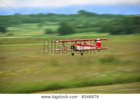 Aircraft Model Flying