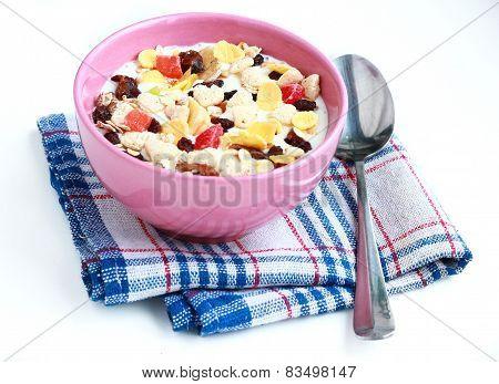 bowl of cereals muesli
