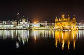pic of harmandir sahib  - Golden Temple  - JPG