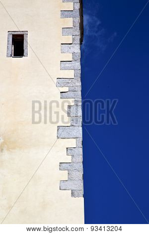 Cross   Lombardy Italy  Varese Abstract    Of A Curch Broke Brike