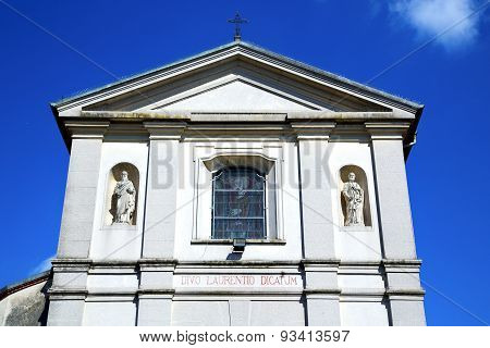 Sumirago Cross Church Varese Italy   Wall In The Sky Sunny Day